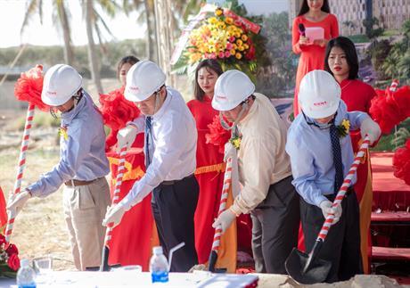 lễ khởi công dự án Le MERIDIEN Cam Ranh Bay Resort & Spa ngày 01/04/2018
